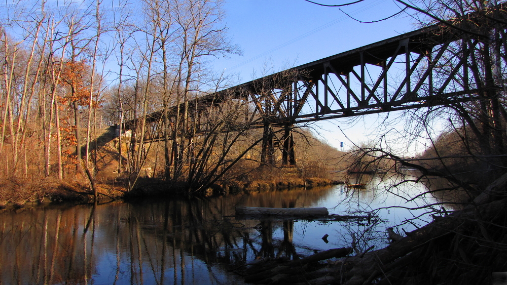 Rail bridge at the Grand River
