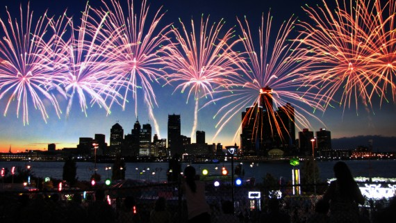 Detroit River Fireworks - July 2016